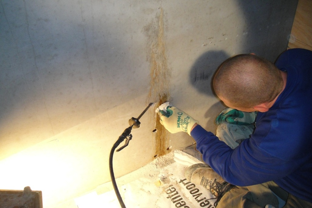 Scheur in wand injecteren Improve Betonreparatie